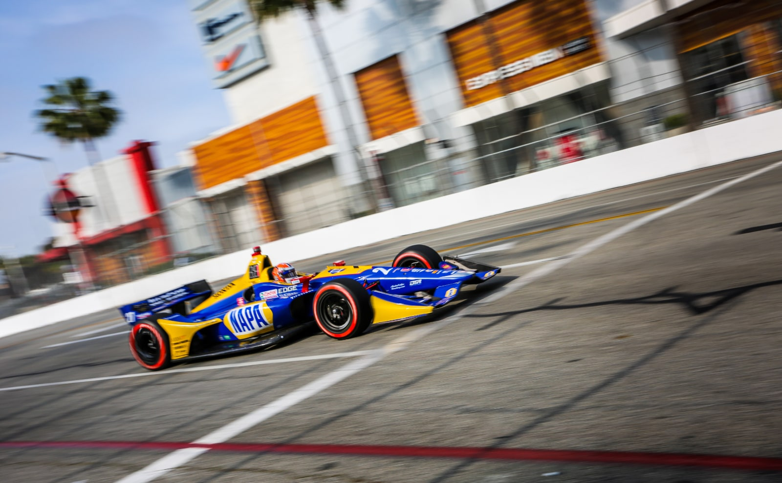 Alexander Rossi passes The Pike Outlets during 2019 Acura Grand Prix of Long Beach
