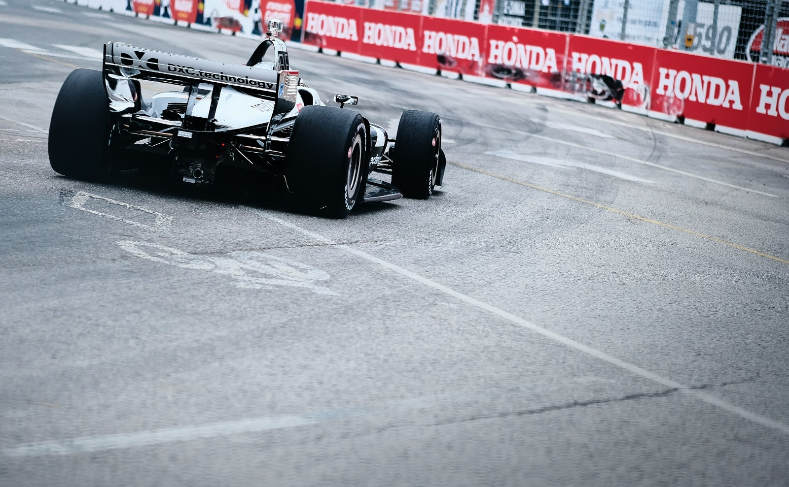 Simon Pagenaud apexes Toronto Indy turn