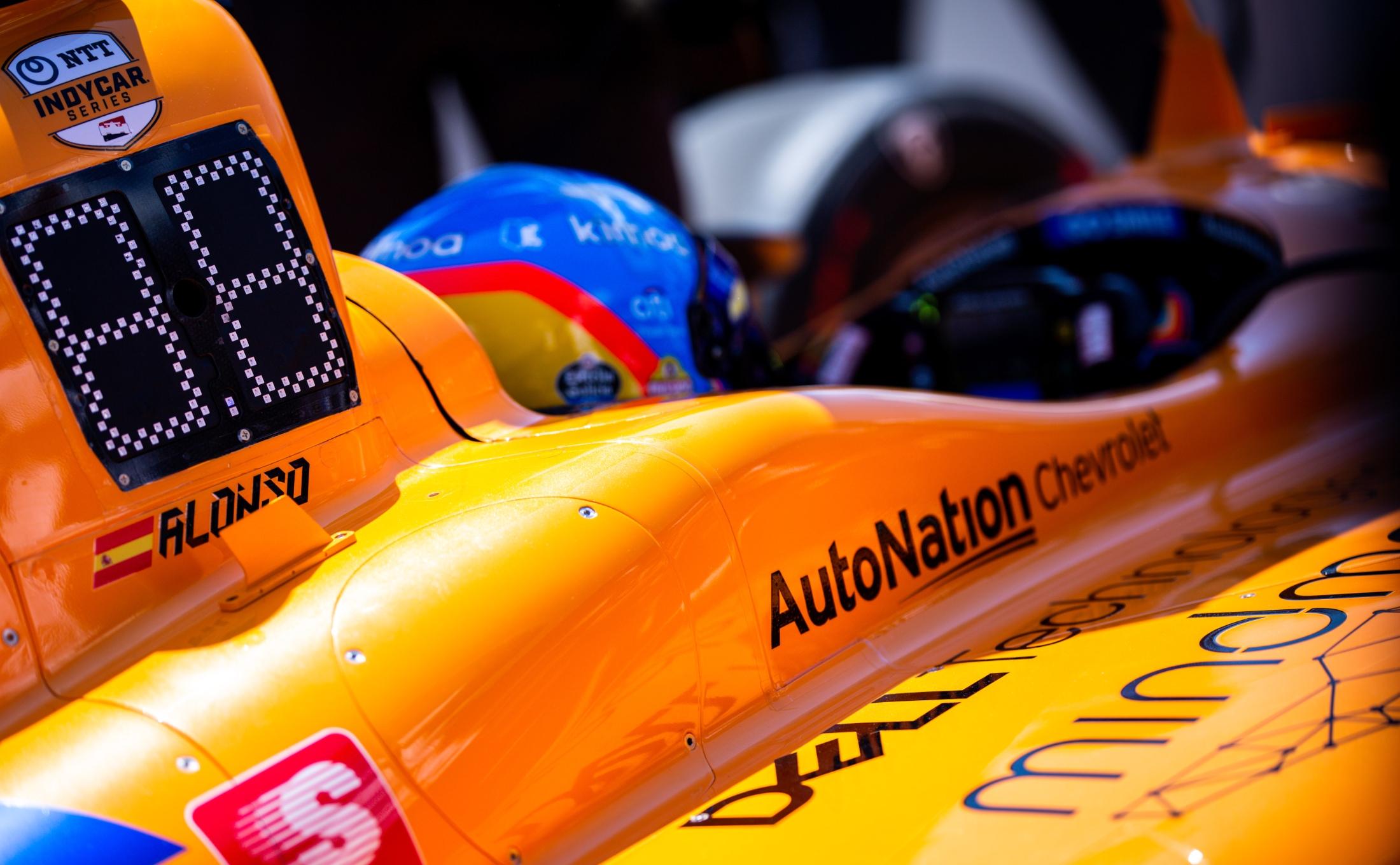 Sponsor partners on McLaren 2019 Indy 500 race car