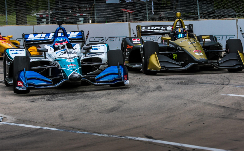 Takuma Sato battles Marcus Ericsson in 2019 Detroit Grand Prix