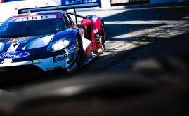 Sebastien Bourdais enters Long Beach fountain in Ford GT